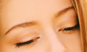 Augenbrauentransplantation - Augenbrauen implantieren, Augenbrauentransplantation